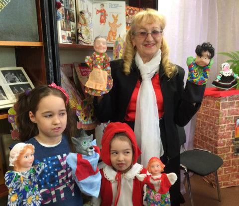 Сказка от бабушки и кукольный спектакль от внучек