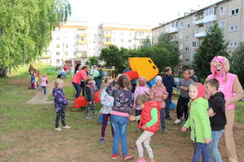 Новая детская площадка «Солнечная горка», п.Оверята