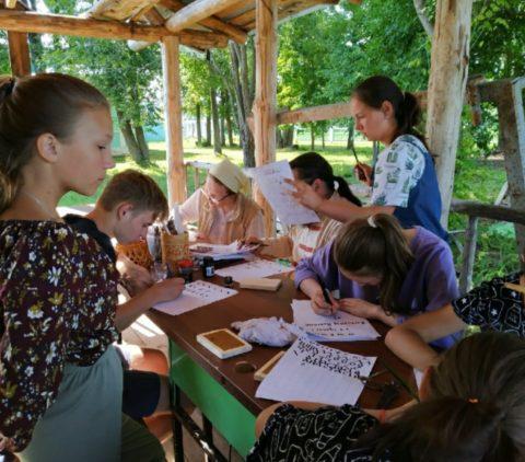 Полным ходом реализуется проект  «Культурной мозаики» «Живые уроки истории на Шукшанской богатырской заставе»